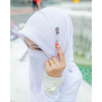 Lapel Pin Batik